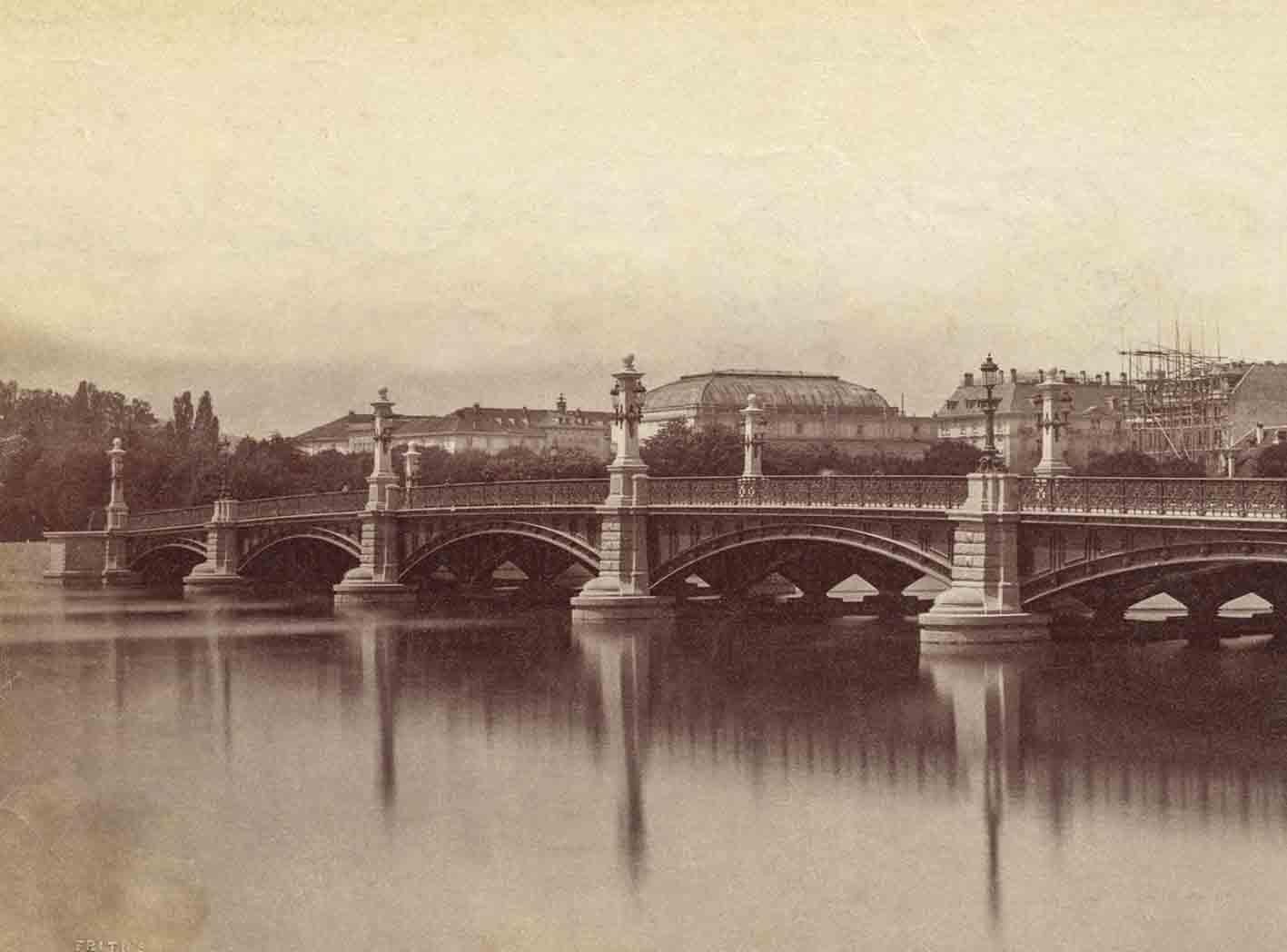 Die Quaibrücke um 1885